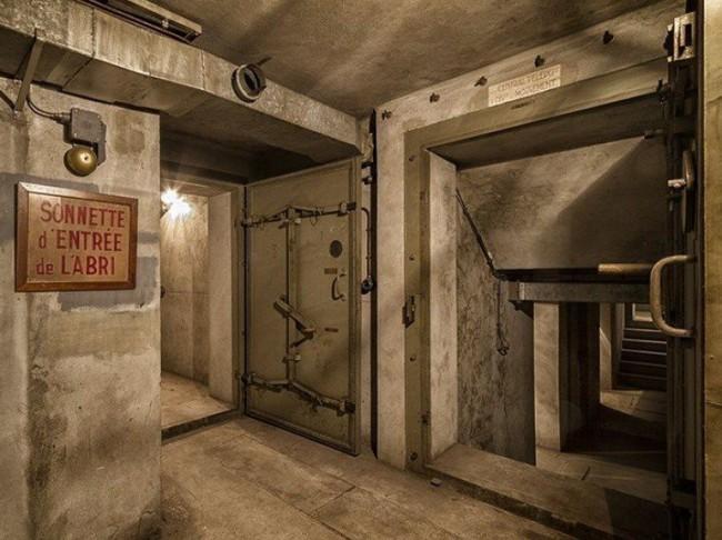 bunker militaire de la tour Eiffel