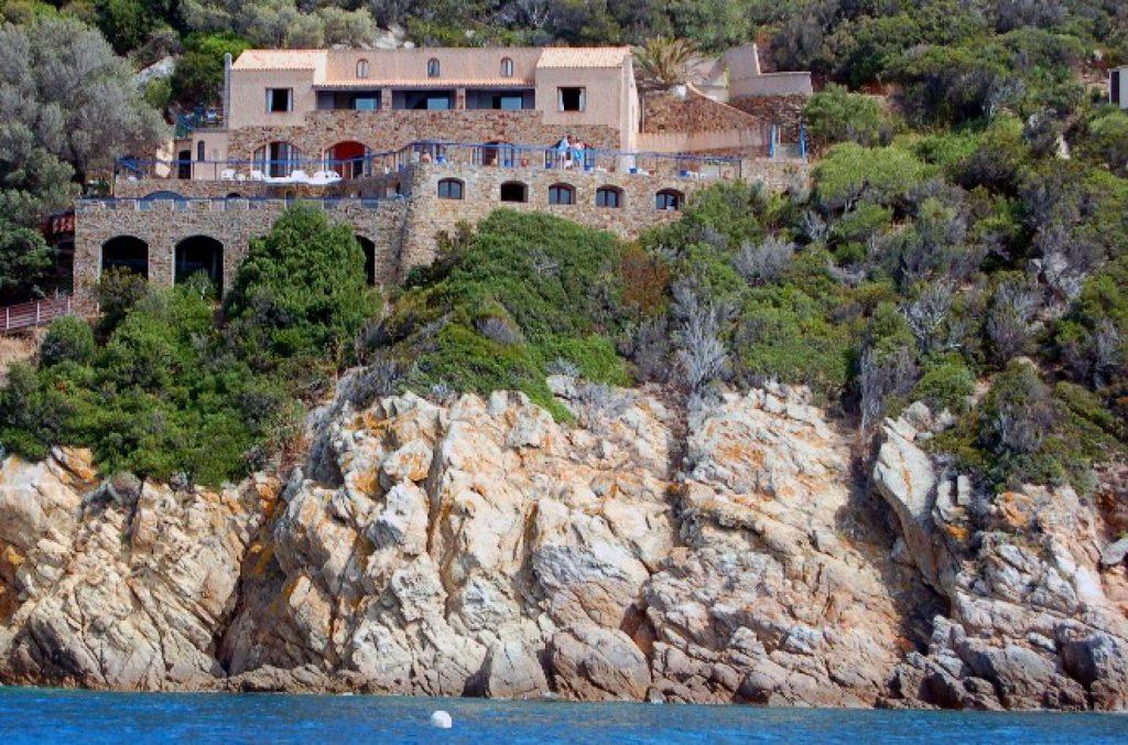 hôtel libertin Rocher du secret à l'île du Levant