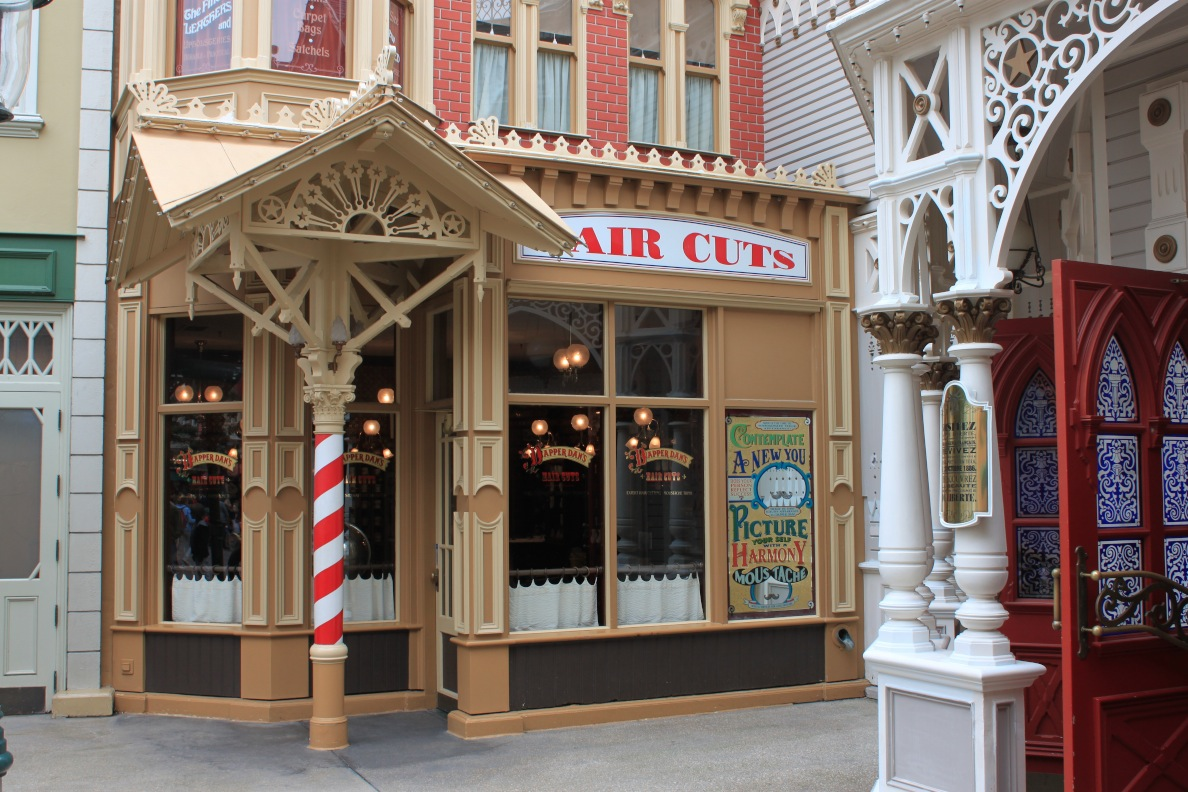 Salon de coiffure Dapper Dan's Hair Cuts au Main Street de Disneyland Paris