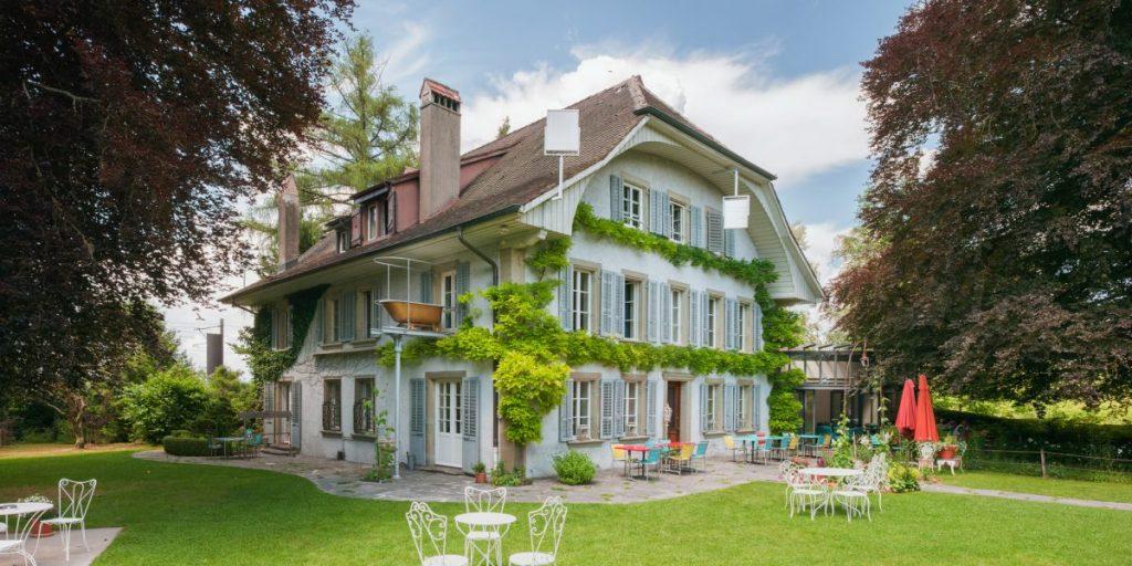 La charmante et atypique auberge aux quatre vents en Suisse