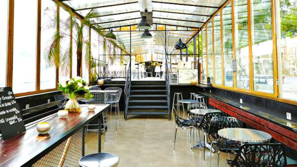 La Nouvelle Seine restaurant à bord d'une péniche proposant spectacles et événements en tout genre