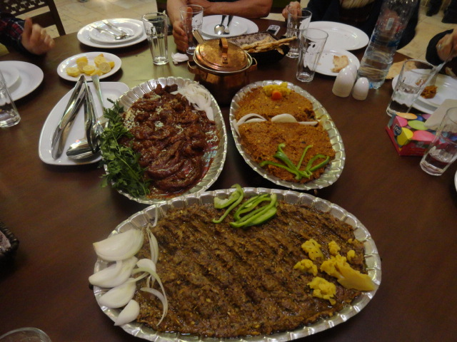 plats traditionnels iraniens