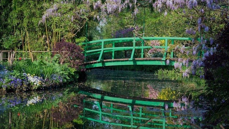 Pont japonais du jardin de Claude Monet