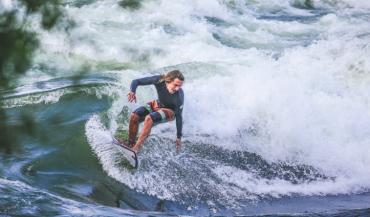 surf sur le fleuve saint laurent