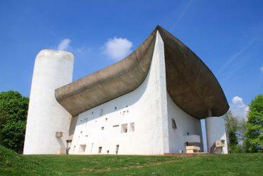 Notre-Dame-du-Haut le corbusier