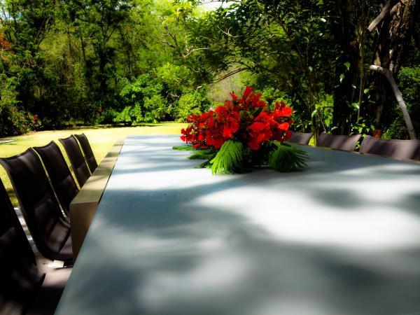 Table d'hôte jardin d'Anichi dans les hauteurs de Guadeloupe