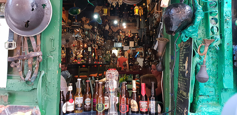bar insolite en Crète