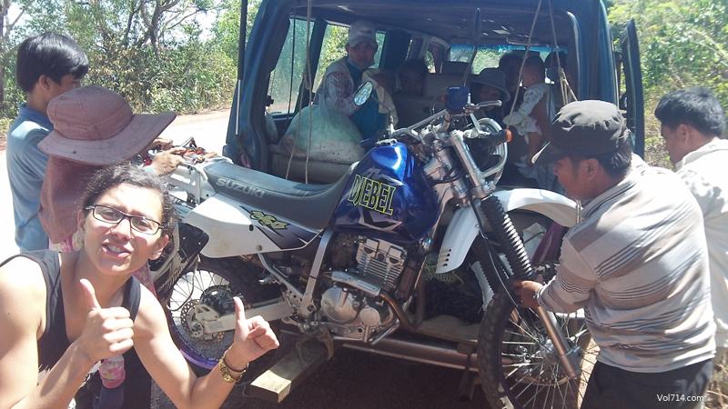 panne moto au Cambodge
