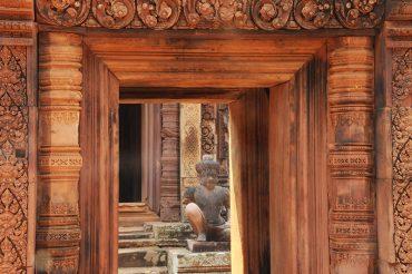 Banteay Srei temple rose angkor