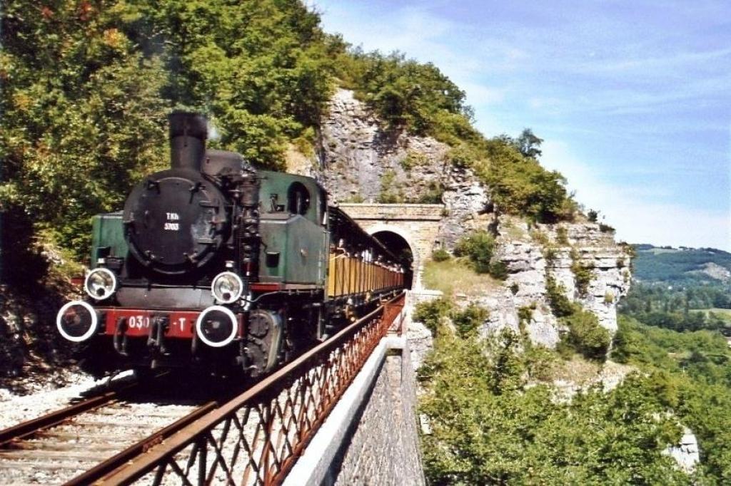 train du Haut-Quercy