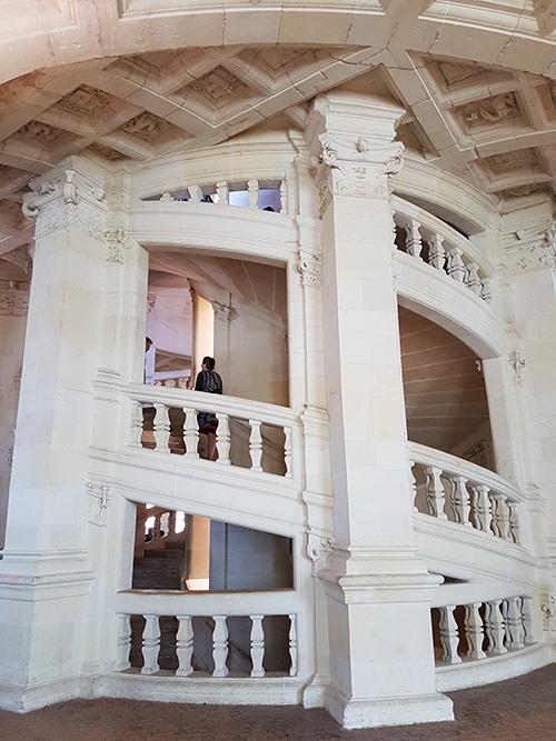 escalier chambord double revolution leonard de vinci
