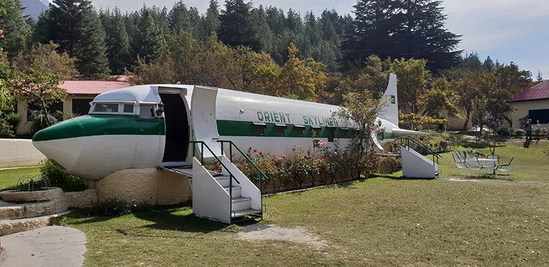 avion DC3 Kachura Shangri La