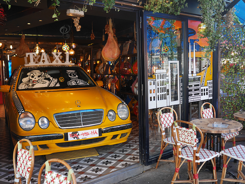 broadway caffe paris
